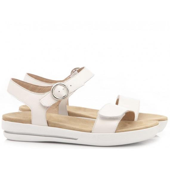 Benvado Women's Sandals Carla White
