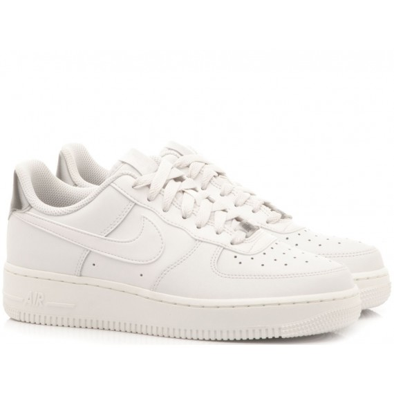 Nike Sneakers Donna WMNS Air Force 1 07 ESS White