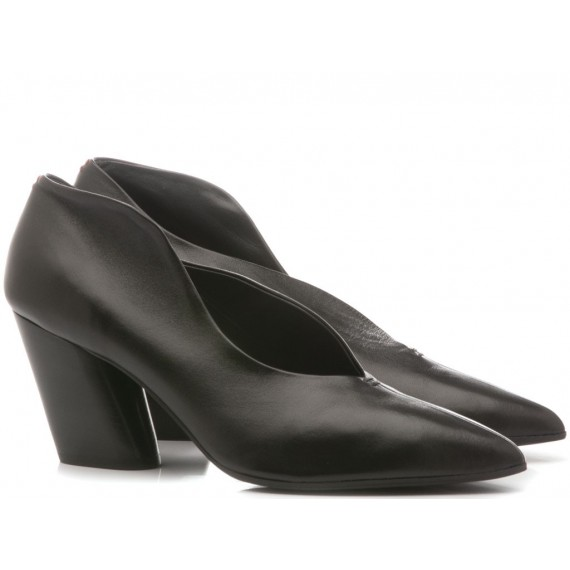 Halmanera Woman's Shoes Leather Black