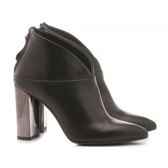 Chantal Woman's Ankle Boots Black 337