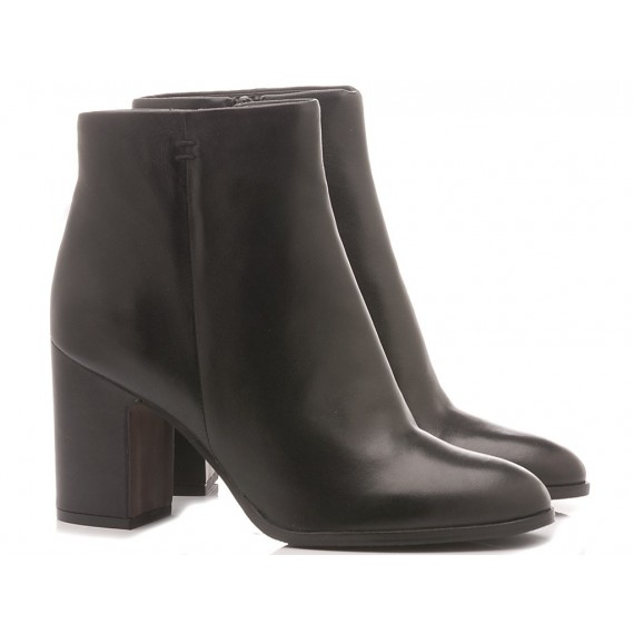 Adele Dezotti Women's Ankle Boots AX0603X Black