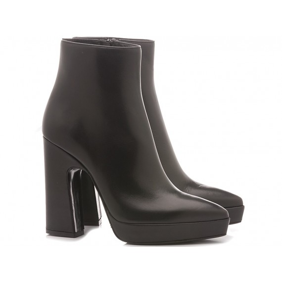 Martina T Women's Ankle Boots Leather Black 0202
