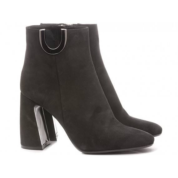 Chantal Woman's Ankle Boots Suede Black 441