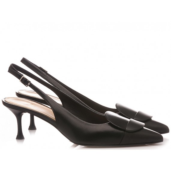 Chantal Woman's Shoes Chanel Black 1018