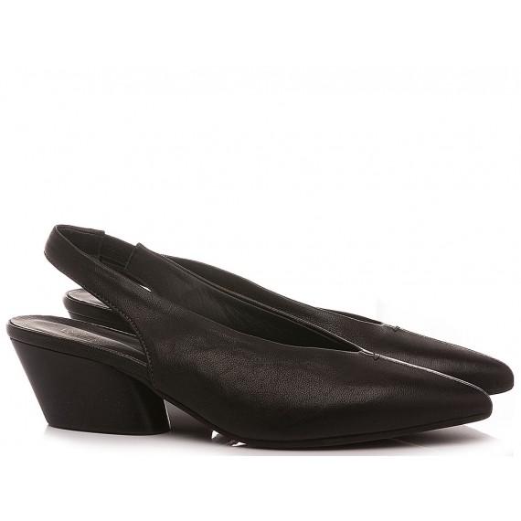 MAT:20 Women's Shoes Chanel...
