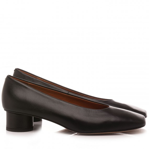 Angel Alarcon Women's Shoes...